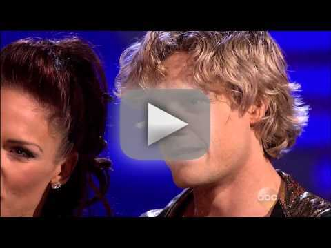 Charlie White & Sharna Burgess - Samba