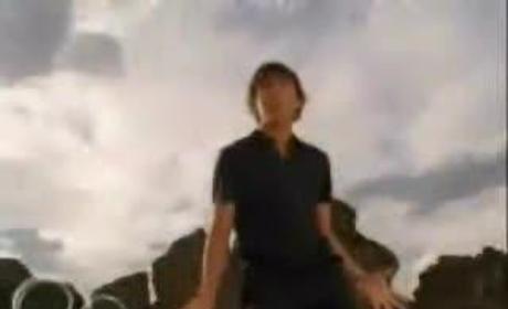 Zac Efron Dances to Soulja Boy