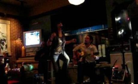 Felicia Barton Sings