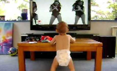 Baby Dances to Beyonce