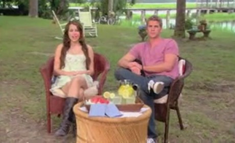 First Look at The Last Song: Miley Cyrus and Liam Hemsworth Preview Movie