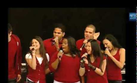 Cast of Glee Performs at the White House