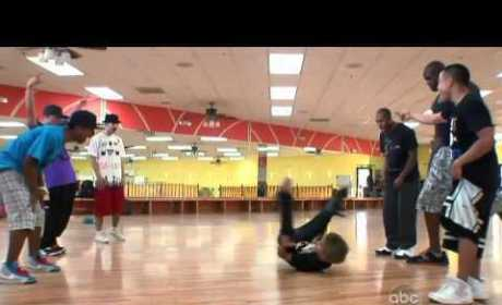 Justin Bieber vs. Shaquille O'Neal: It's a Dance-Off!