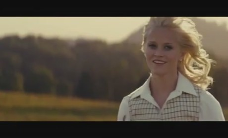Water for Elephants Movie Trailer: Fight for Love...