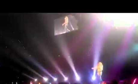 Miley Cyrus - Smells Like Teen Spirit (In Concert)
