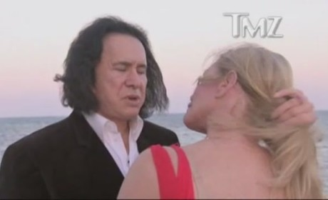 Gene Simmons Proposes to Shannon Tweed!!!