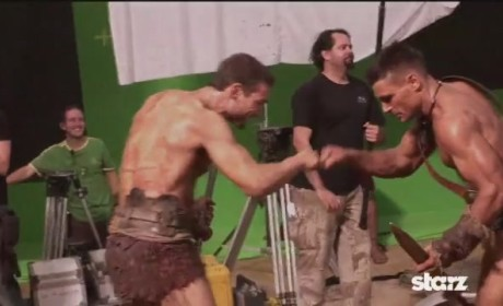 """Lucy Lawless Mourns the Death of """"Brilliant"""" Andy Whitfield"""