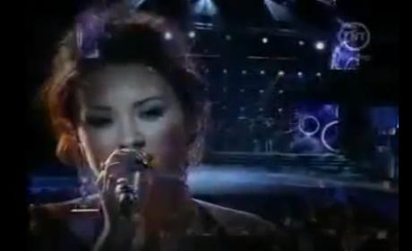 Demi Lovato and Pablo Alboran - Solamente tu