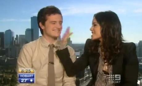 Awkward Alert: Vanessa Hudgens and Josh Hutcherson Asked About Relationship