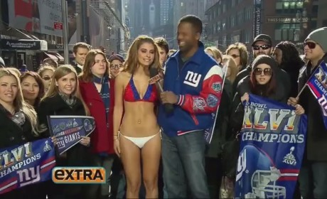 Maria Menounos Loses Super Bowl Wager, Clothing