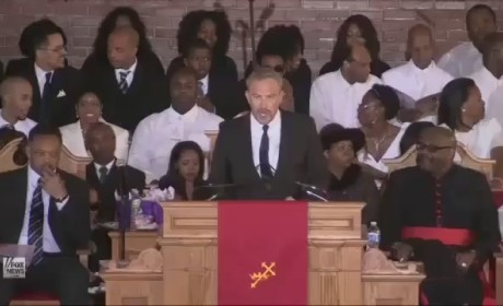 Kevin Costner Remembers Whitney Houston at Funeral [Video]