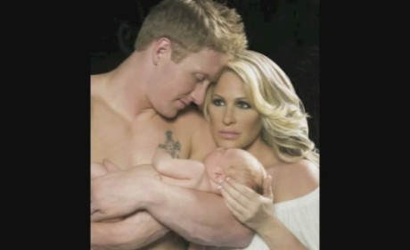 "Kim Zolciak - ""Love Me First"" (Preview)"