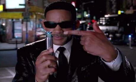 Men in Black 3 Full-Length Trailer: Aliens Beware!
