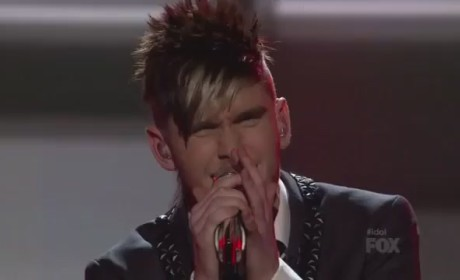 "Colton Dixon Makes Like Stevie Wonder on American Idol With ""Lately"""