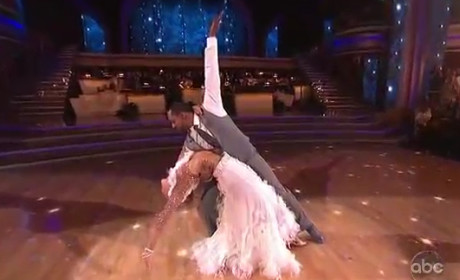 Jaleel White & Kym Johnson - Cha-Cha (DWTS Week 1)