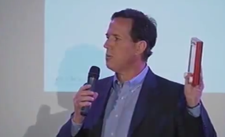 Rick Santorum Demonstrates Etch-a-Sketch