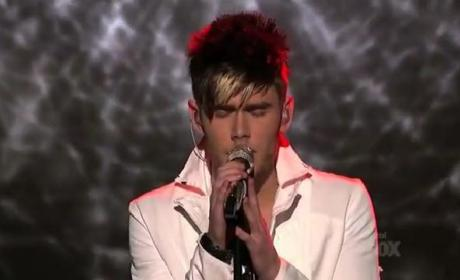 "Colton Dixon Gives It ""Everything"" on American Idol"