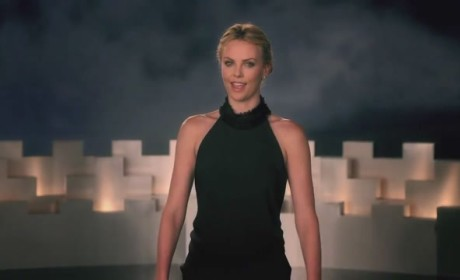 Charlize Theron: Happy Birthday Kristen Stewart!