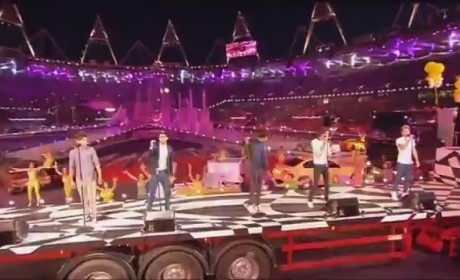 One Direction at Olympics Closing Ceremony