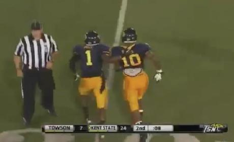 Andre Parker Recovers Fumble For Kent State, Runs Wrong Way