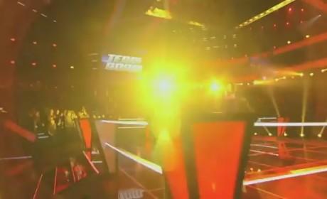 Brandon Mahone vs. Nicole Nelson - Ain't No Mountain High Enough (The Voice Battle Round)