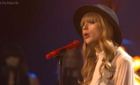 "Taylor Swift - ""State of Grace"" (X Factor Results Show)"