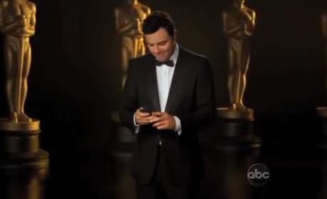 Seth MacFarlane Oscars Promo: Checking Twitter