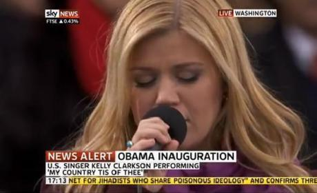 "Kelly Clarkson ""My Country Tis of Thee"""
