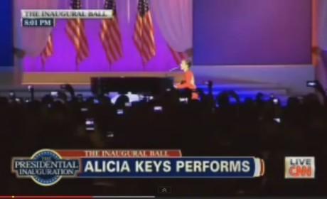 Alicia Keys Inaugural Ball Performance: Obama on Fire!