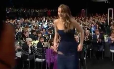 Jennifer Lawrence Rips Dress