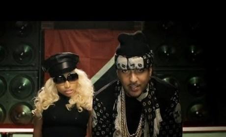 """Nicki Minaj: Topless in French Montana """"Freaks"""" Video!"""