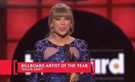 Taylor Swift Mocks Love Life, Performs, Wins HUGE at Billboard Music Awards