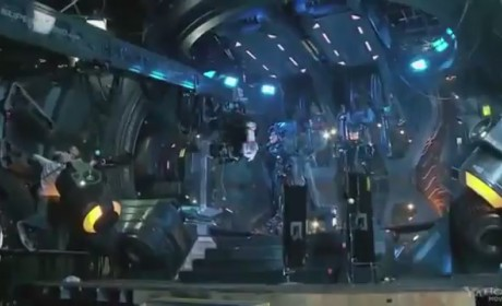Pacific Rim Featurette - Cockpit