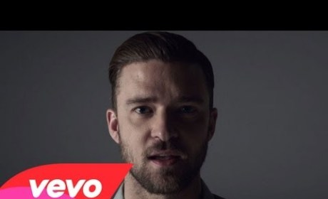 "Justin Timberlake ""Tunnel Vision"" Video: Boobies!"