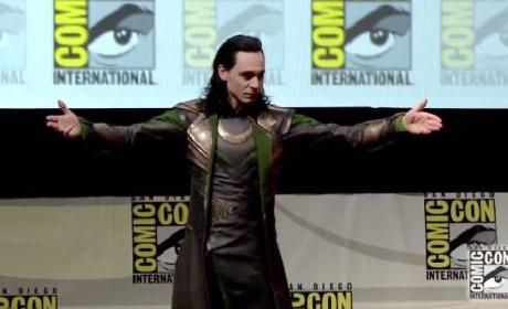 Tom Hiddleston Proves He Is Loki In Comic-Con Appearance