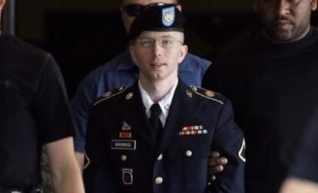 Bradley Manning Apologizes to U.S.
