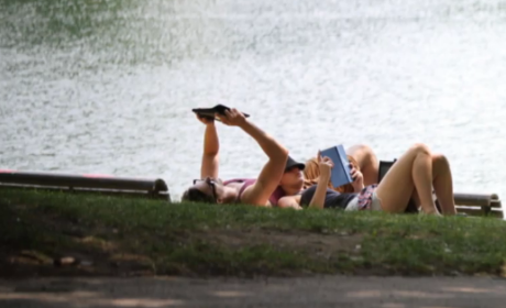 Jennifer Lawrence: Back Together With Nicholas Hoult! Reading Mockingjay at the Park!