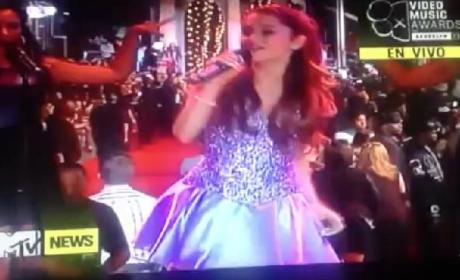 Ariana Grande MTV VMA Performance 2013