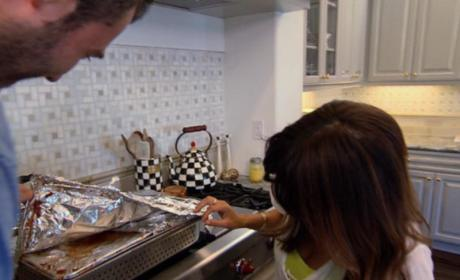 Keeping Up With the Kardashians Clip - Cooking Placenta