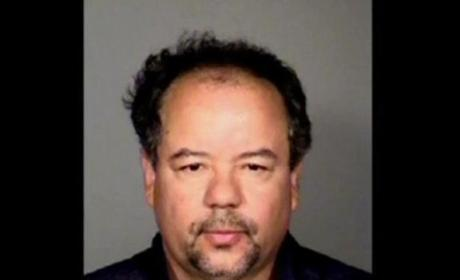 Ariel Castro Dead; Cleveland Kidnapper Found Hanged in Prison Cell