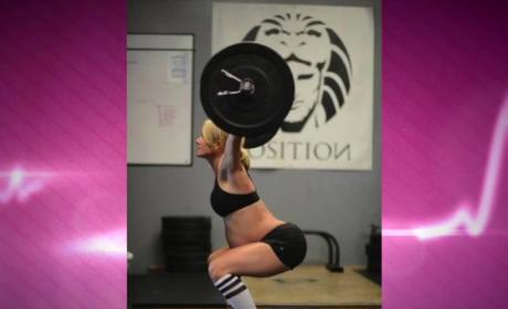 Pregnant CrossFit Mom Goes Hard
