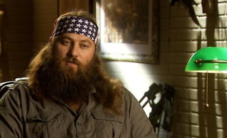 Duck Dynasty Clip - Willie Backs Into Si