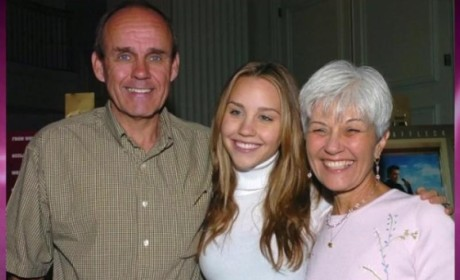 Amanda Bynes' Mom Breaks Silence, Bashes Rumors