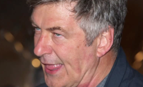 "Alec Baldwin Writes BRUTAL Editorial About ""Vermin"" Paparazzi in East Hampton"