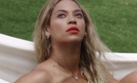 Beyonce Tumblr Pics Confirm She Is a Goddess