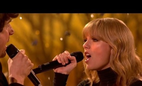 "Taylor Swift Debuts ""The Last Time"" on The X Factor UK"