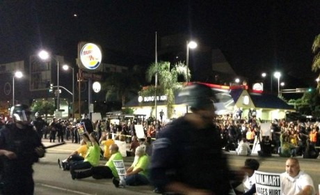 "Walmart Civil Disobedience, Protests Against ""Poverty Wages"" Lead to Oer 50 Arrests"