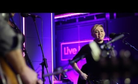 "Miley Cyrus Covers ""Summertime Sadness"" on BBC Radio One"