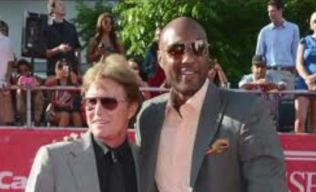 "Bruce Jenner Hangs with Lamar Odom, Describes Son-in-Law as ""Good Soul"""