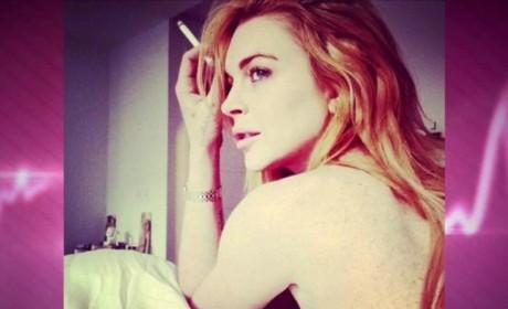 Lindsay Lohan Sideboob Selfie